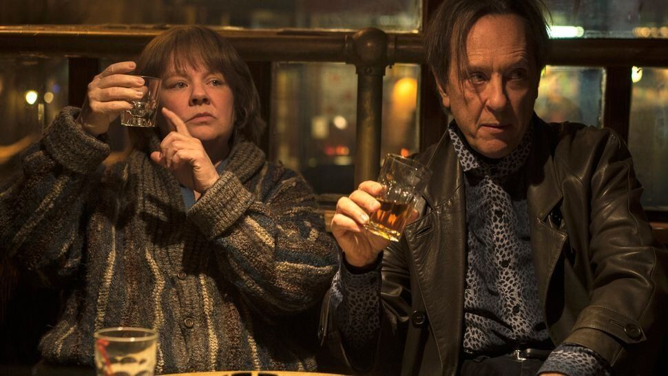 """Melissa McCarthy and Richard E. Grant in """"Can You Ever Forgive Me?"""""""