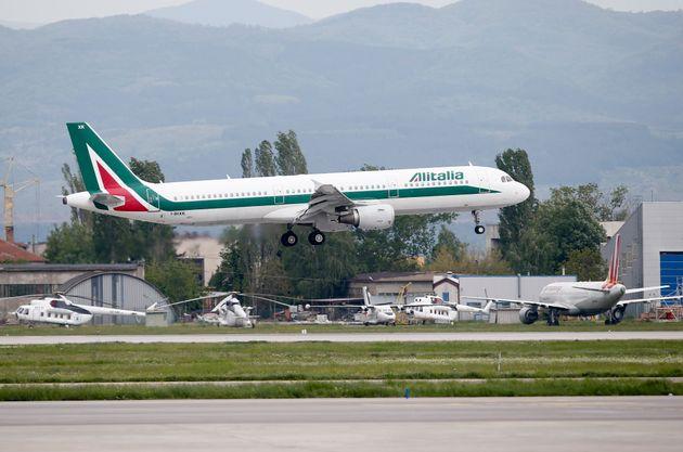 Il salvataggio di Alitalia ancora non decolla, si va verso l