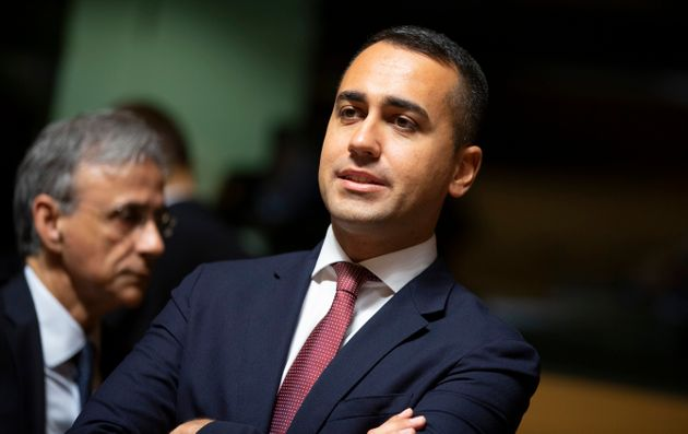 Luigi Di Maio travolto: la base M5S vota No, il Movimento do