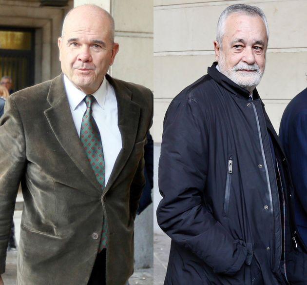 Manuel Chaves y José Antonio Griñán, llegando a la Audiencia de Sevilla esta