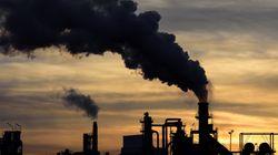 Per decarbonizzare l'economia fermiamo l'enorme flusso di investimenti in combustibili