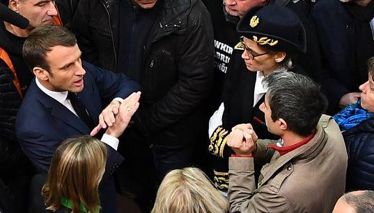 À Whirlpool, comme une impression de déjà vu entre Macron et