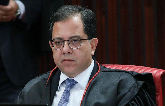 Ministro Sérgio Banhos propôs que gastos do Fundo Partidário com candidaturas femininas...