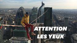 Pour le Téléthon, ce funambule a relié deux tours de La Défense 150 mètres au dessus du