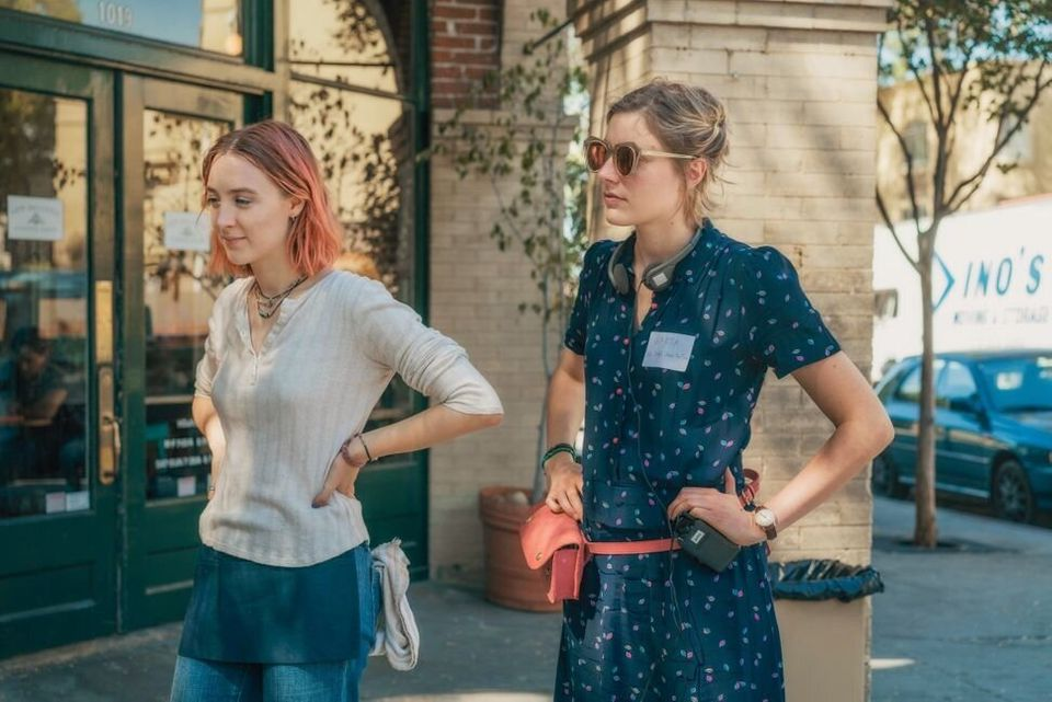 Saoirse Ronan and Greta Gerwig on the set of