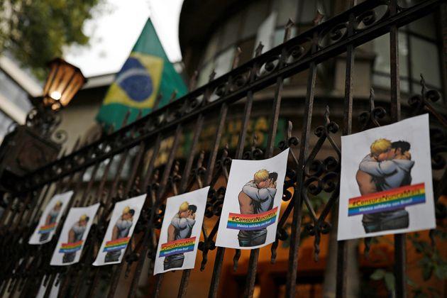 Manifestação contra o prefeito do Rio de Janeiro, Marcelo Crivella, na Feira Internacional...