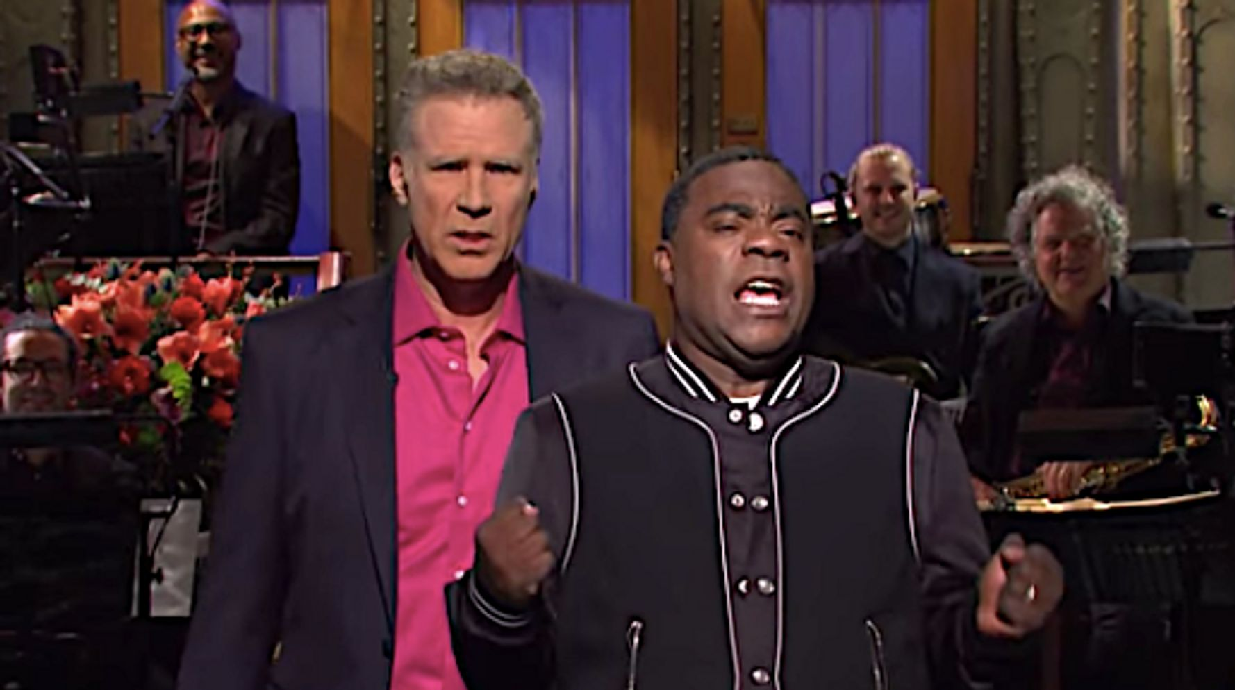 Westlake Legal Group 5dda3c331f00000a14def4b6 Ryan Reynolds In The Audience Rattles Will Ferrell During 'Saturday Night Live' Monologue
