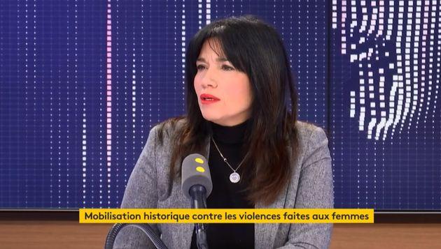 Samia Ghali sur le plateau de franceinfo dimanche 24