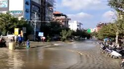 Bengaluru Lake Breach Floods Homes, Sweeps Away Cars And