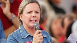 Gleisi Hoffmann é reeleita presidente do PT e quer melhorar