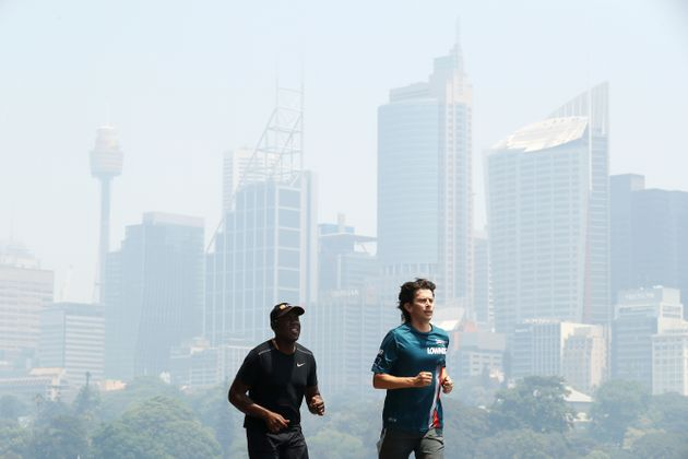 Doctors advise Australians to exercise indoors to avoid the bushfire