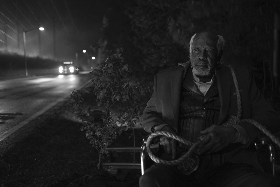 """Louis Gossett Jr. is Will Reeves in HBO's """"Watchmen."""""""