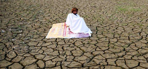 Foto de archivo de un campo en Allahabad, India, con
