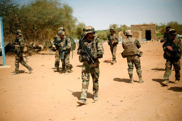 Un grupo de soldados franceses, desplegados enGao (Mali), en una imagen de archivo de