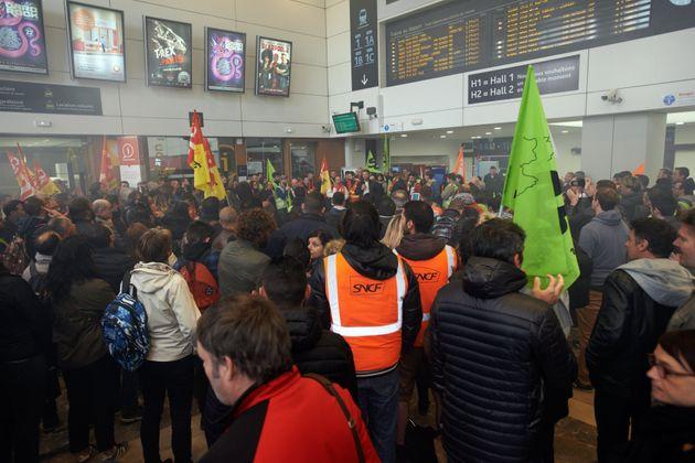 La gare de Toulouse Matabiau lors d'un mouvement social en juin