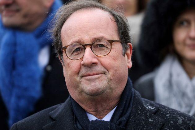 Francois Hollande, ici à Paris le 11 novembre 2019, a préféré annulé...