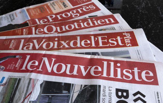 Une sélection de journaux appartenant au Groupe Capitales Médias (GCM) est présentée à Montréal, le 19...