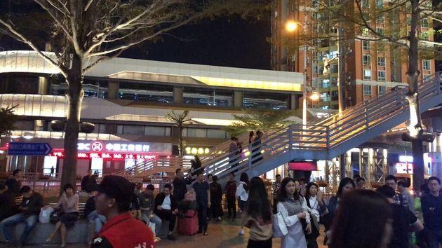 深圳の地下鉄駅周辺