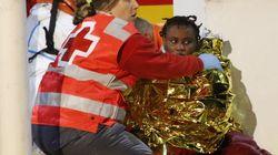 Cuatro muertos y 10 desaparecidos en una patera a la deriva a 30 millas de