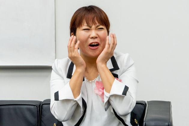 「自分の写真をマッチングアプリで設定するのは抵抗ある」と話す関谷さん