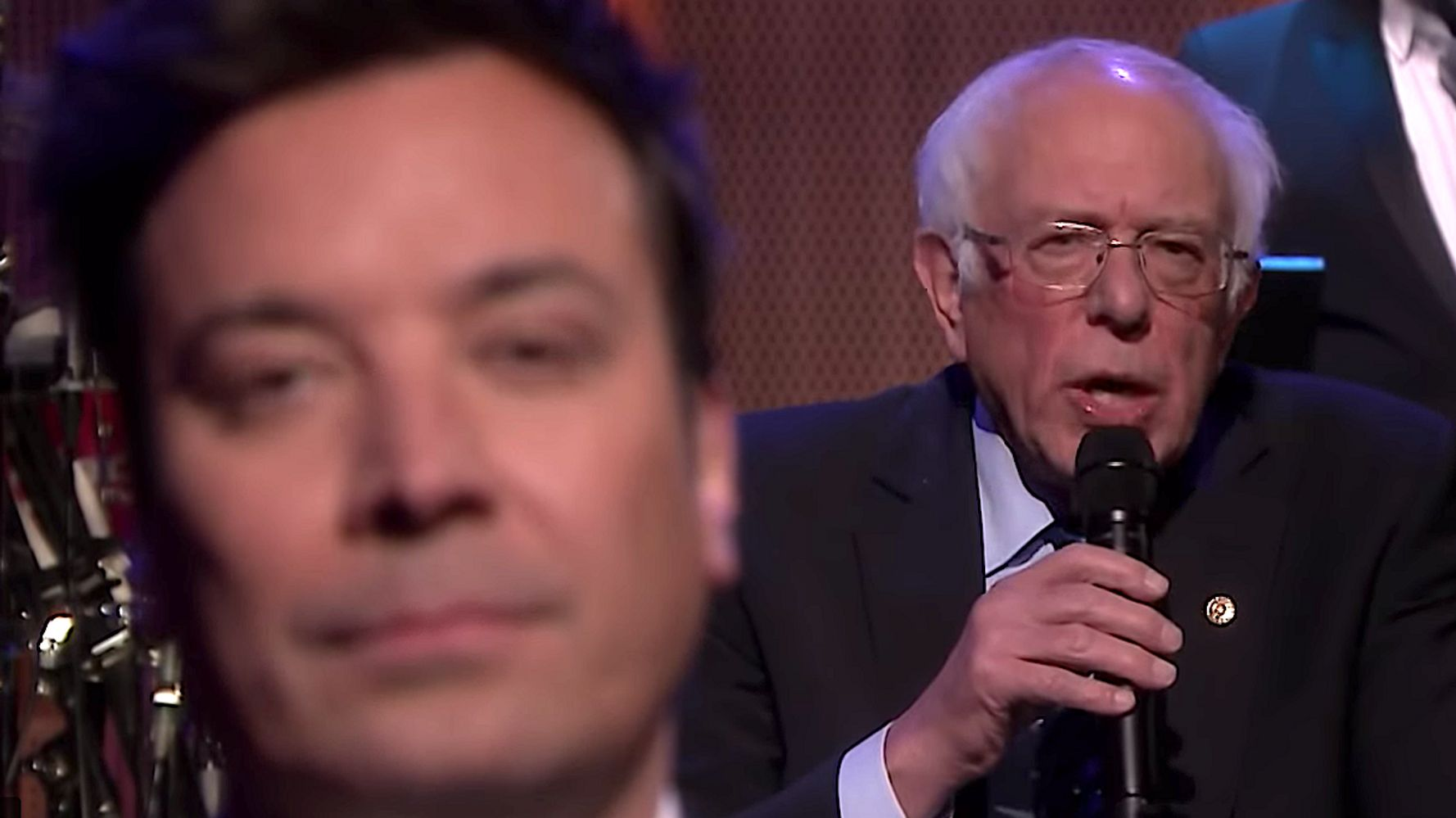 Westlake Legal Group 5dde51512100007f7e34e357 Bernie Sanders Channels Lizzo To 'Slow Jam The News' With Jimmy Fallon