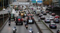 Κινητοποιήσεις των Γάλλων αγροτών στο Παρίσι, με εκατοντάδες τρακτέρ στους