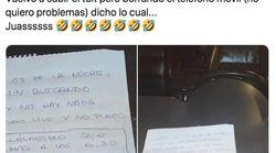 Un joven de Cádiz deja esta MA-RA-VI-LLA de cartel para que la grúa no se lleve su