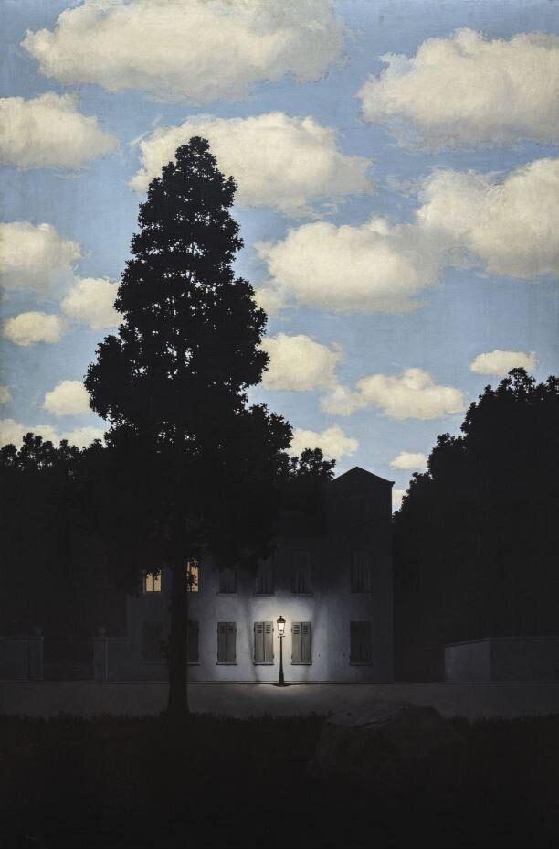 Ren&eacute; Magritte<i>L&rsquo;impero della luce (L&rsquo;Empire des lumi&egrave;res)</i><i>Empire of Light, </i>1953&ndash;54Olio su tela/ Oil on canvas195.4 x 131.2 cm&nbsp;Collezione Peggy Guggenheim, Venezia