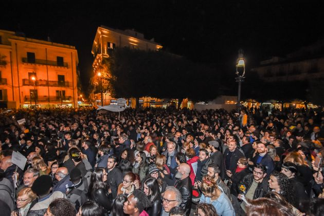 Thousands of Sicilians have joined in a flash mob created by the sardines, a new anti-fascist ideological...