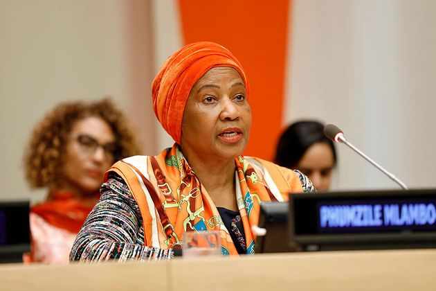 Diretora executiva da ONU Mulheres, Phumzile