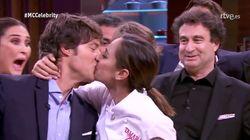 Lo mejor de este momento no fue el beso de Tamara Falcó a Jordi Cruz: fíjate