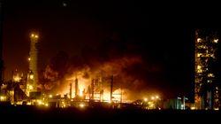Dos violentas explosiones sacuden una planta petroquímica en