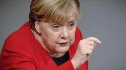 El apasionado discurso de Merkel contra el odio tras un repugnante gesto de la