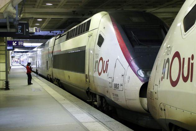 Trains arrêtés à la gare de Montparnasse lors d'un conflit social au mois