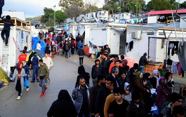 Προσφυγικό: Οι δήμαρχοι του Ανατολικού Αιγαίου απορρίπτουν τις κυβερνητικές