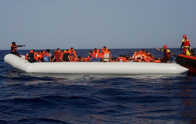 Γεμίζουν οι φυλακές με διακινητές προσφύγων: Συνολικά 3.000