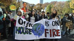 「小泉大臣聞こえますか」若者たちが気候変動への対策を求めてマーチ