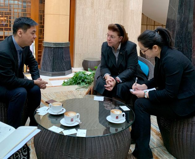 Η Λίνα Μενδώνη με τον Γενικό δ/ντη του Φεστιβάλ Κινηματογράφου Πεκίνου