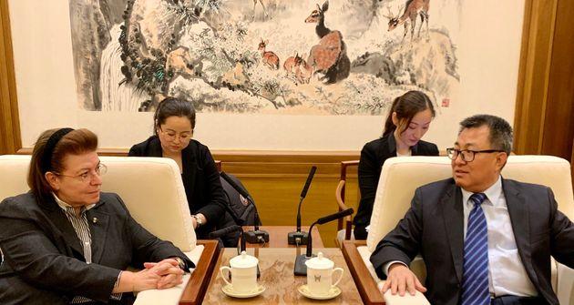 Με τον διευθυντή του Εθνικού Μουσείου της Κίνας
