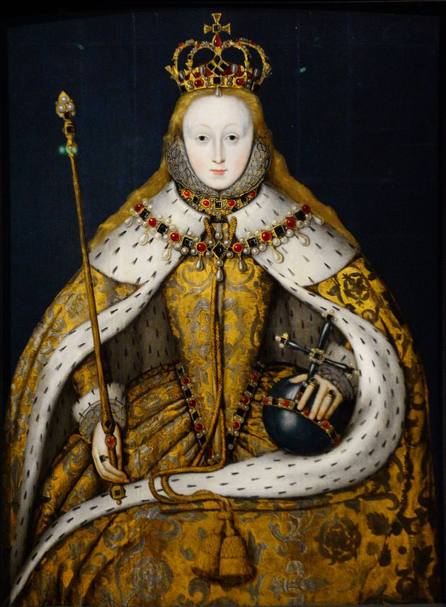 Πορτρέτο της Βασίλισσας Ελισάβετ Α της Αγγλίας (1533-1603) αγνώστου Άγγλου καλλιτέχνη που εκτίθεται στην Εθνική Πινακοθήκη του Λονδίνου. Ο πίνακας, που είναι γνωστός ως «Το πορτραίτο της στέψης», δείχνει την βασίλισσα με τα πολυτελή ενδύματα στο χρώμα του χρυσού που φορούσε στη στέψη της το 1559, να κρατά τα σύμβολα της εξουσίας της, τη σφαίρα και το σκήπτρο.