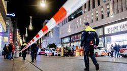 Tres heridos por apuñalamiento en una calle comercial de La