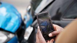 「ながらスマホ」で事故は一発免停。反則金も3倍に。新しい道交法、そのポイントは?