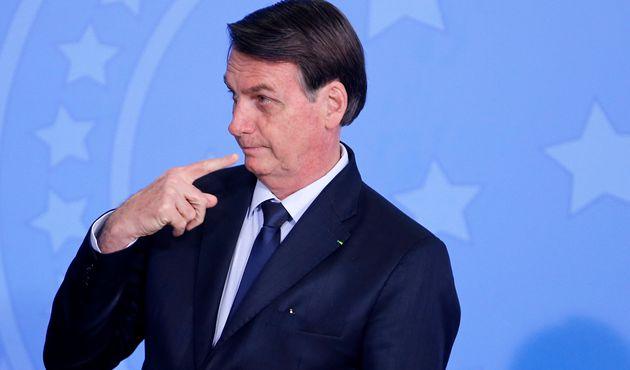 Jair Bolsonaro, ici à Brasilia le 4 novembre, accuse Leonardo DiCaprio de payer des gens pour...