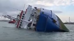 L'opération pour sauver 14.000 moutons piégés dans un bateau échoué est