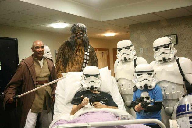 Le dernier vœu d'un patient du Rowan Hospice en phase terminale était de voir l'ultime volet...