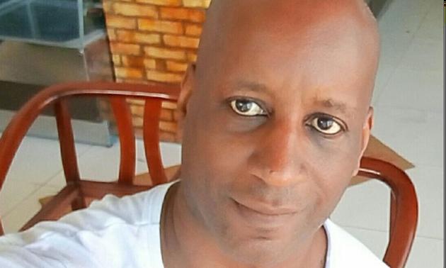 """Camargo se define como um """"negro de direita contrário ao vitimismo e ao politicamente correto"""",..."""