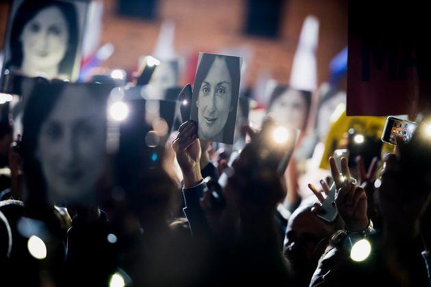 Muscat lascerà entro il 18 gennaio: attesa l'incriminazione di Fenech per l'omicidio di Caruana