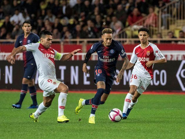 Neymar ne foulera pas la pelouse du stade Louis II ce dimanche soir, le match du PSG à Monaco...