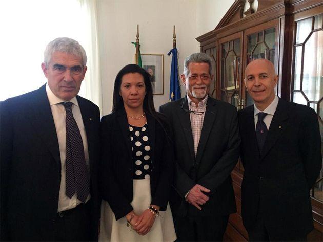 I deputati venezuelani anti-Maduro con Pier Ferdinando