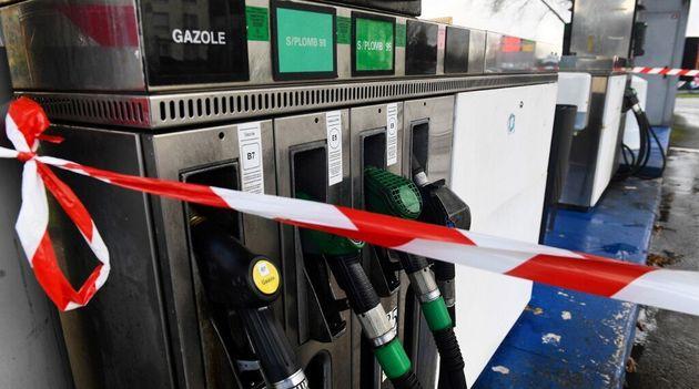 Face à la pénurie d'essence, le Finistère réquisitionne 11